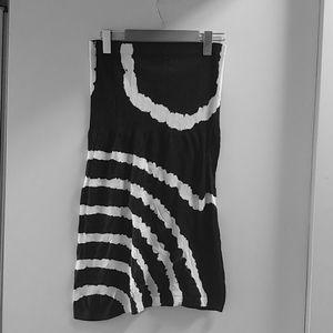 Dresses & Skirts - 3/$25🍀Midi Pencil Skirt